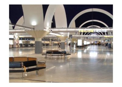 2615665-Sevilles_airport_Aeropuerto_de_Sevilla_Sevilla